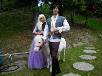 rapunzel-pony-rides